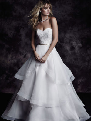 4610 Paloma Blanca Wedding Bridal Gown Chicago