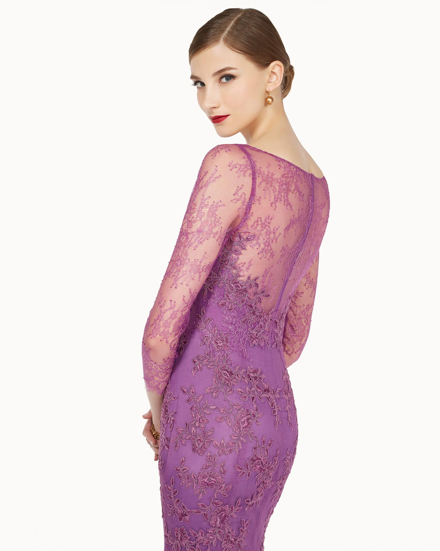 271 Rosa Clara Gown Chicago Lace Detail