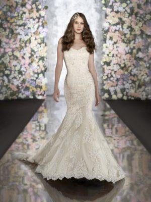 Martina Liana 500 Mira Couture Wedding Bridal Gown Chicago