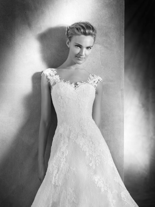 Viorel Atelier Pronovias Mira Couture Wedding Bridal Gown Chicago Detail