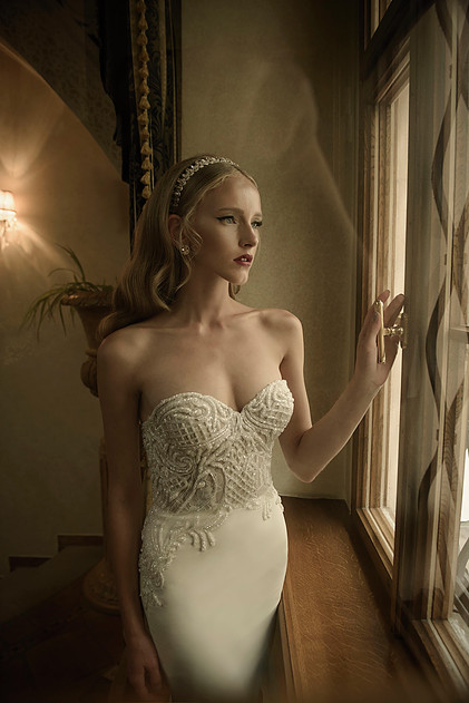 Mira Couture Netta Benshabu Kirra Wedding Bridal Dress Gown Chicago Boutique Front Detail