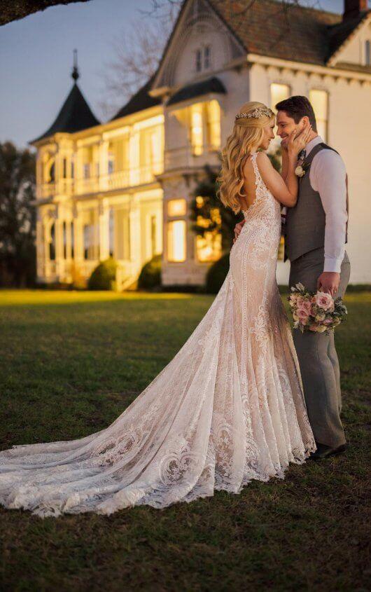 Mira Couture Martina Liana 905 Wedding Dress Bridal Gown Chicago Salon Boutique Back