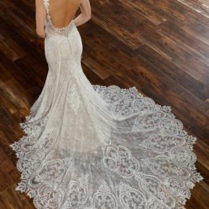 Mira Couture Martina Liana 905 Wedding Dress Bridal Gown Chicago Salon Boutique Train