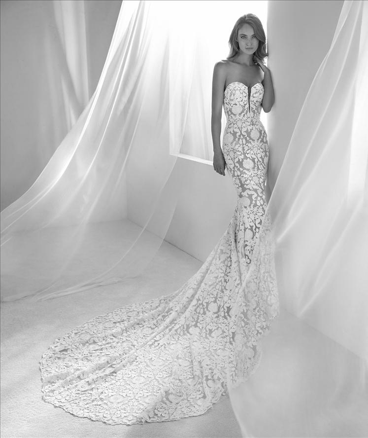 Runis by atelier pronovias for Wedding dress boutiques chicago