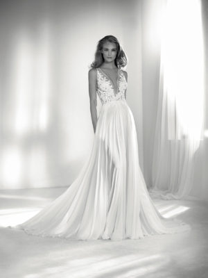 Mira Couture Atelier Pronovias Riada Wedding Gown Bridal Dress Chicago Boutique Front
