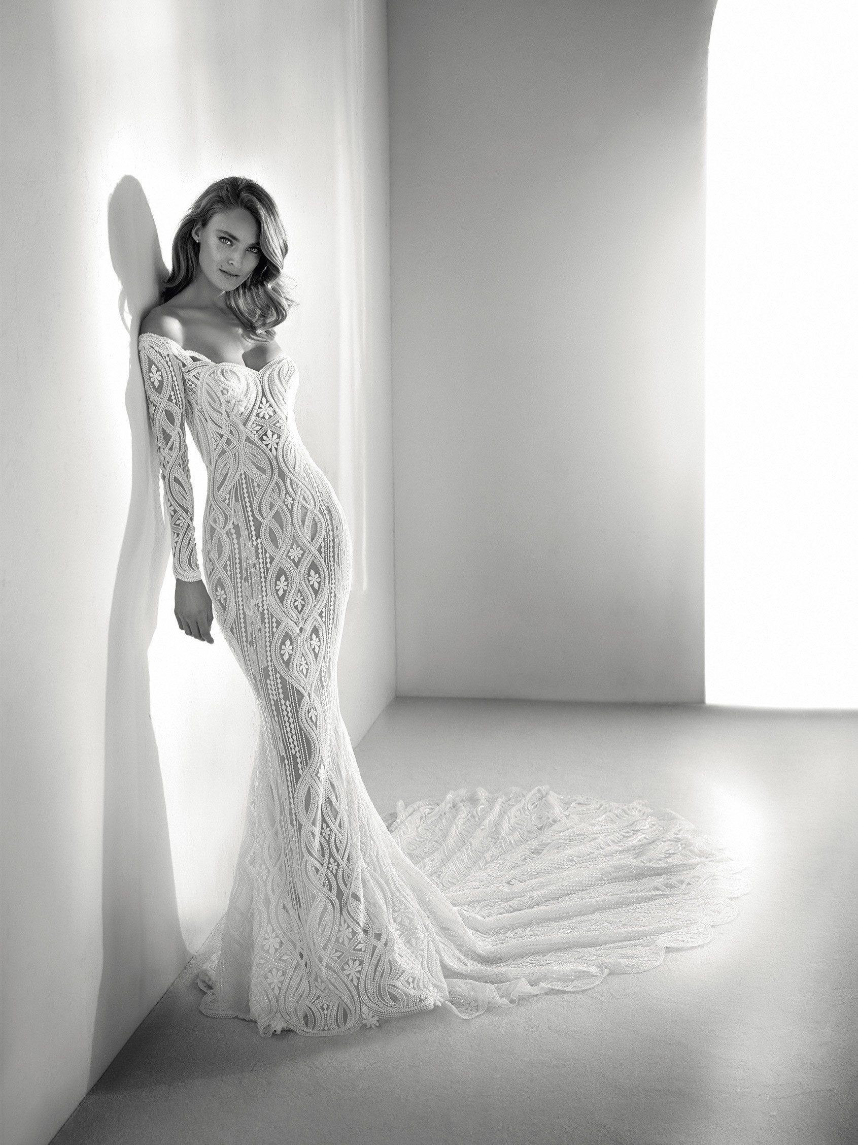 Mira Couture Atelier Pronovias Royal Wedding Gown Bridal Dress Chicago Boutique Front