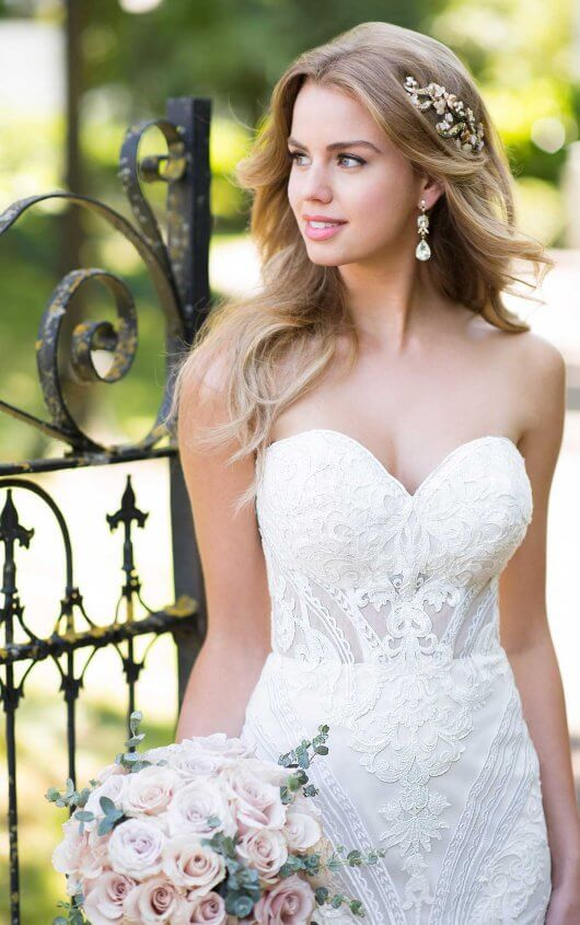 Lace Wedding Gowns in Chicago