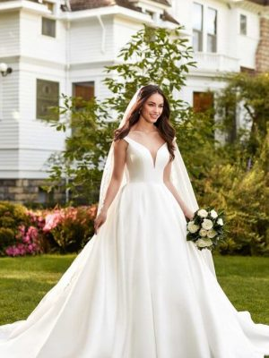Mira Couture Martina Liana 981 Wedding Gown Bridal Dress Chicago Boutique Front
