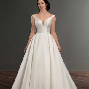 Mira Couture Martina Liana 981 Wedding Gown Bridal Dress Chicago Boutique Front Shot