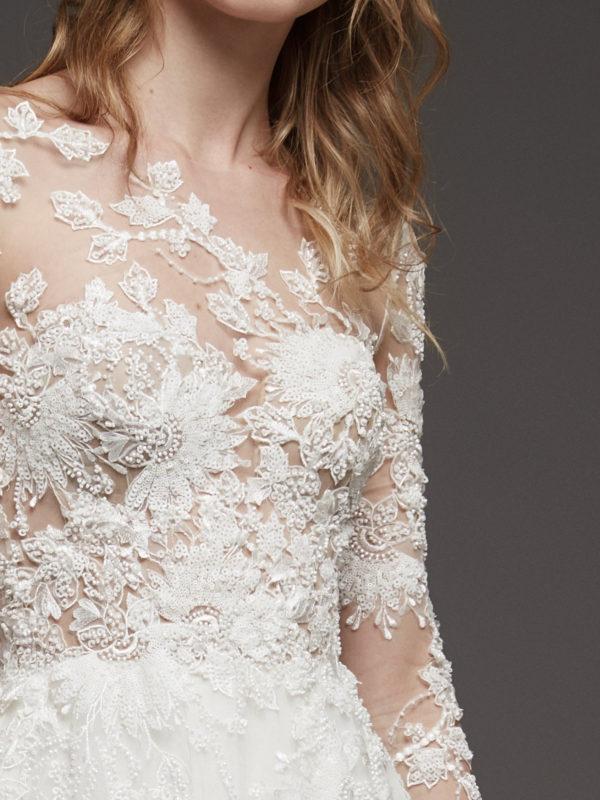 Mira Couture Atelier Pronovias Hanouka Wedding Dress Bridal Gown Chicago Boutique Front Detail