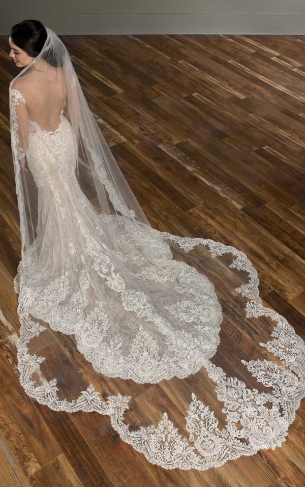 Mira Couture Martina Liana 1015 Wedding Dress Bridal Gown Chicago Boutique Custom Design Train Veil