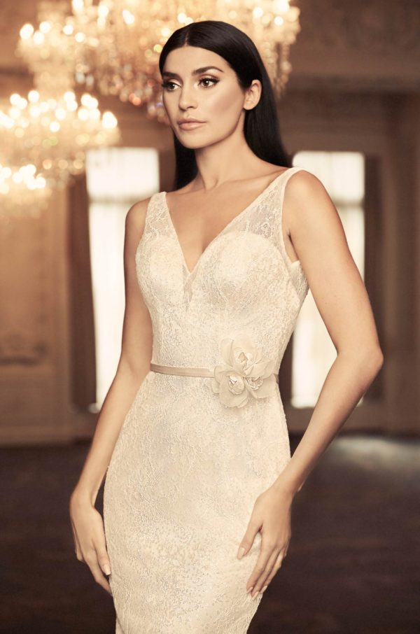 Mira Couture Paloma Blanca 4804 Wedding Dress Bridal Gown Chicago Boutique Close