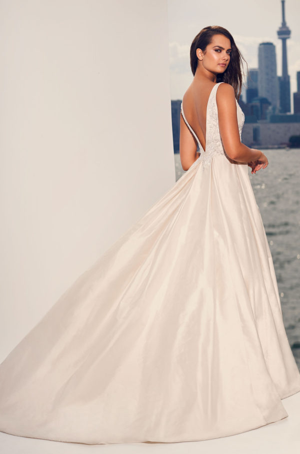 Mira Couture Paloma Blanca 4825 Wedding Dress Bridal Gown Chicago Boutique