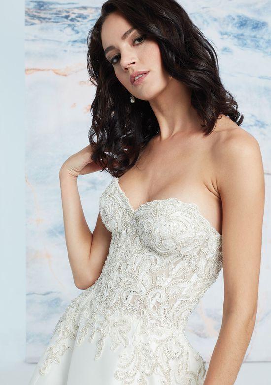 Mira Couture Justin Alexander Signature Aspen Wedding Dress Bridal Gown Front Detail