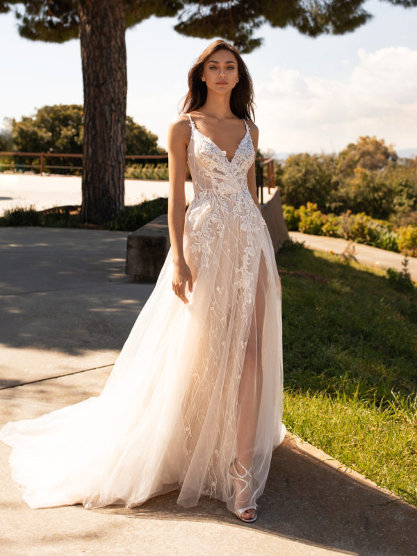 Mira Couture Pronovias Hyperion Wedding Dress Bridal Gown Barcelona Designer Chicago Boutique Front 2