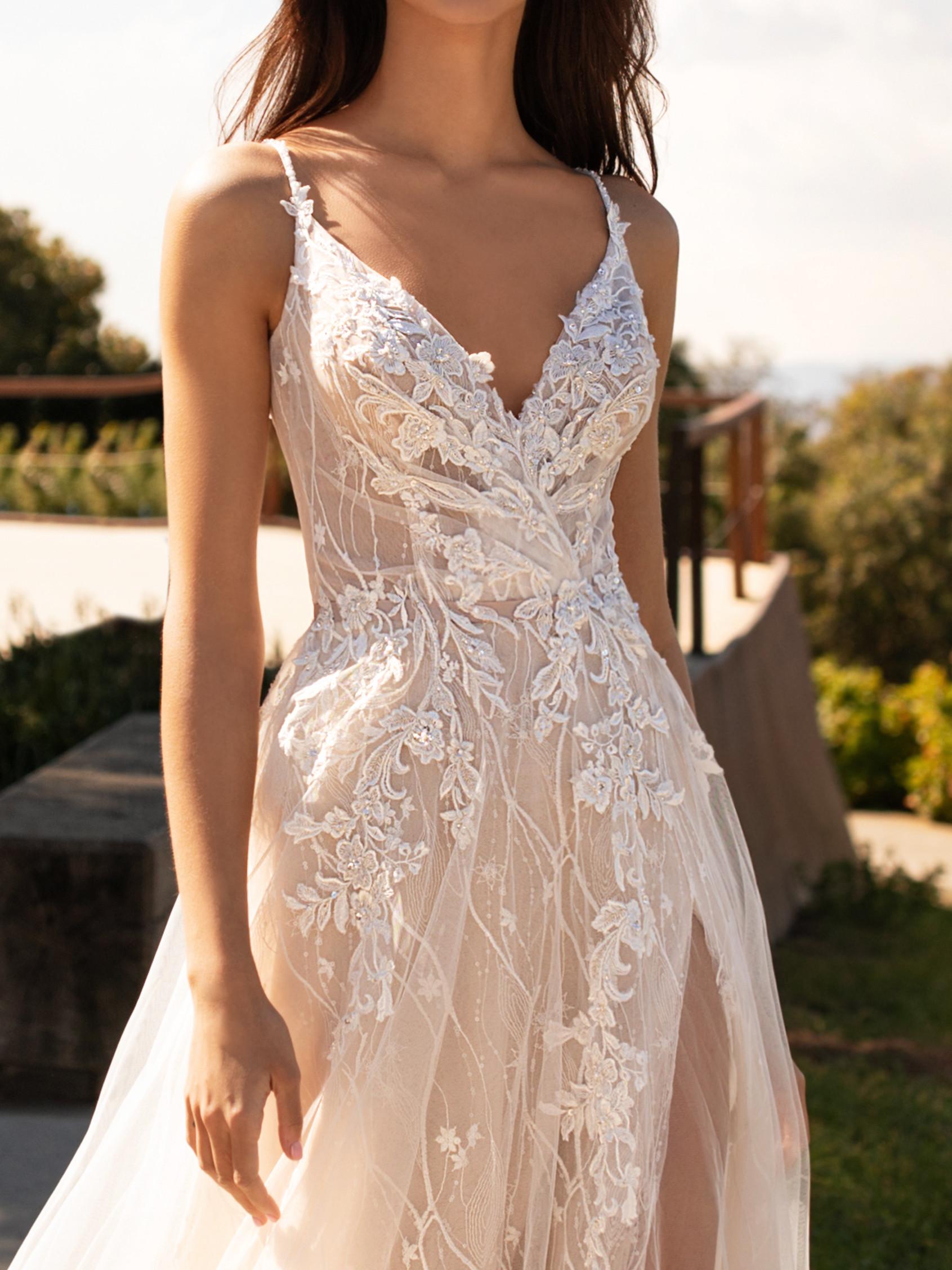 Mira Couture Pronovias Hyperion Wedding Dress Bridal Gown Barcelona Designer Chicago Boutique Front Detail 2