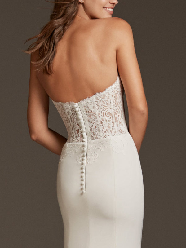 Mira Couture Pronovias Vela Wedding Dress Bridal Gown Barcelona Designer Chicago Boutique Back Detail